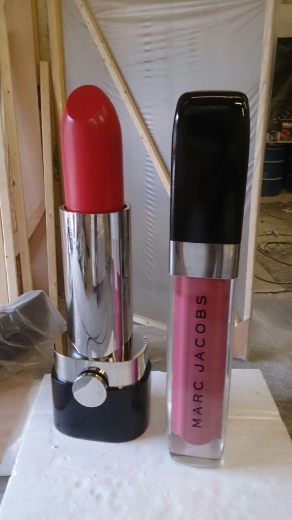 1.50m high Marc jacobs lipstick and lipgloss in te making!