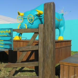 EE Charging Bull - lifesize sculpture