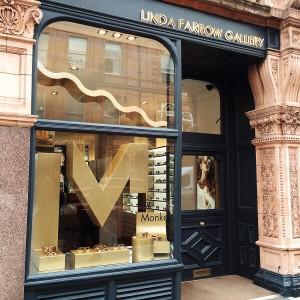 Special window display - Linda Farrow