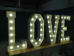 Wireless freestanding giant light up letters