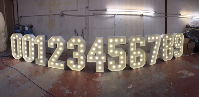 free standing 1m light up numbers