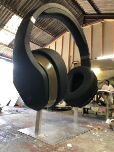 3m-high-headphones-prop