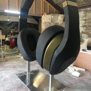 3m high headphones prop