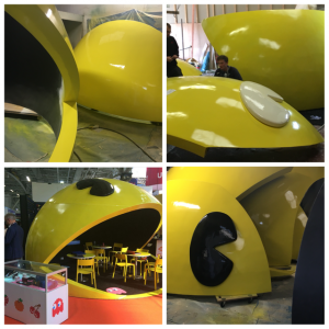 Custom exhibition stand pacman